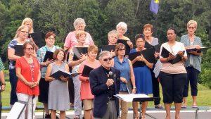 singing-at-the-lakes